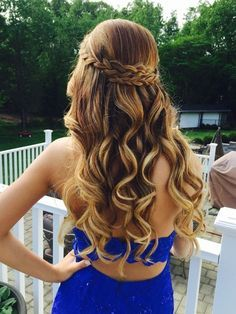 Homecoming Hairstyles For Long Hair simple knotted half updo 21 Gorgeous Homecoming Hairstyles For All Hair Lengths