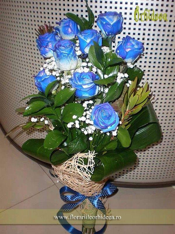 Buchet din trandafiri albastri!!!