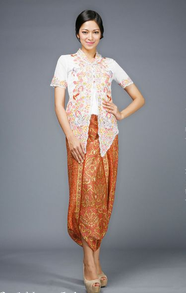 Pin By Melati Risangmaya On Kebaya Pinterest Kebaya Model