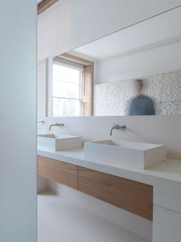 white bathroom / cast concrete sink and bench / african wenge wood cupboards / Marylebone House | mclaren.excell