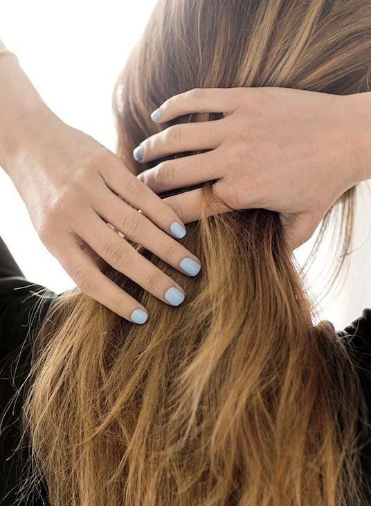 Nail Insipiration: Light Blue Manicure | Le Fashion | Bloglovin'
