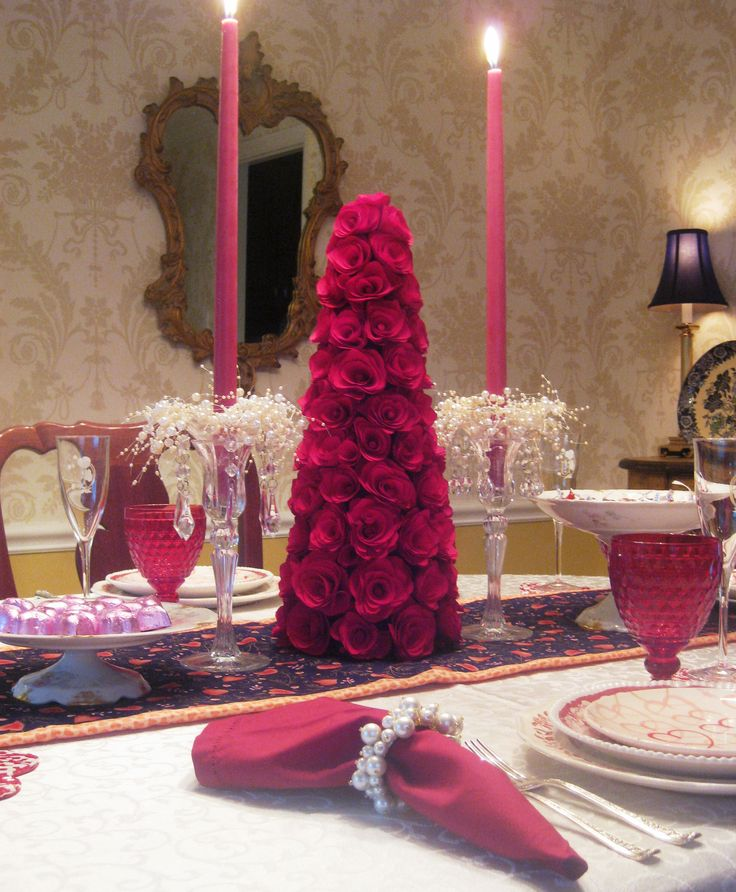 Valentines Day Tablescape Divine Settables Pinterest