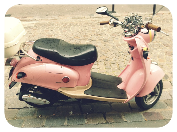Pink moped HERMIE :D