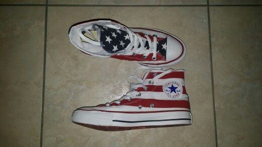 Converse all stars Chuck Taylor with American flag