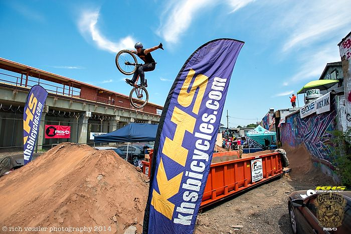 Outlaws of Dirt 2014 brought to you by KHS Bicycles, Free Agent BMX & Rev'd with Plus Size BMX photo: Rich Vossler