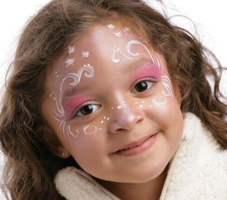 Grimtout, maquillage à l'eau, princesse de glace, étape 2