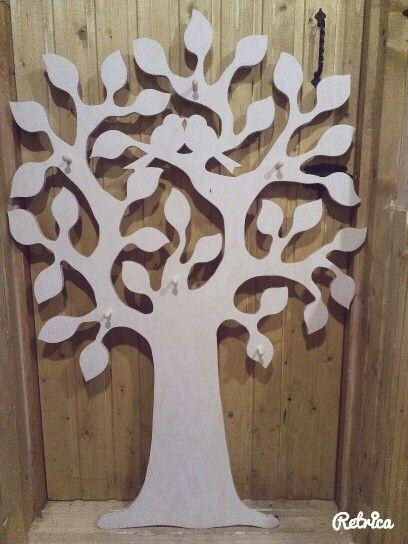 Вешалка в прихожую в виде дерева