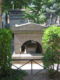 Sarah Bernhardt, au Père-Lachaise