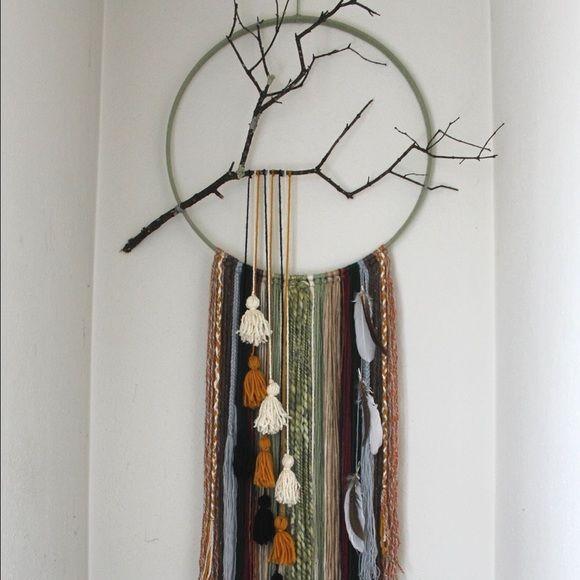 25 best ideas about yarn wall hanging on pinterest for Yarn wall art