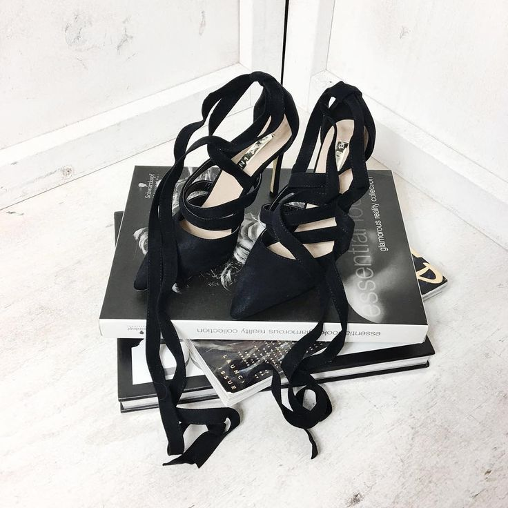 """STELLY Shoes on point..literally! 💋💋💋 Shop the Billini """"Koko Black Suede"""" onlinee now: www.stelly.com.au"""