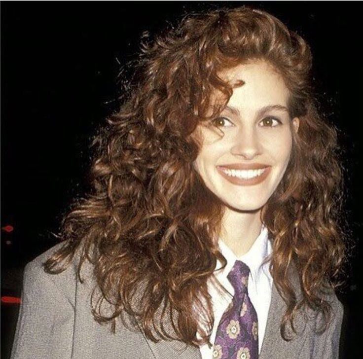 #FBF to those splendid  80's curls of Julia Roberts