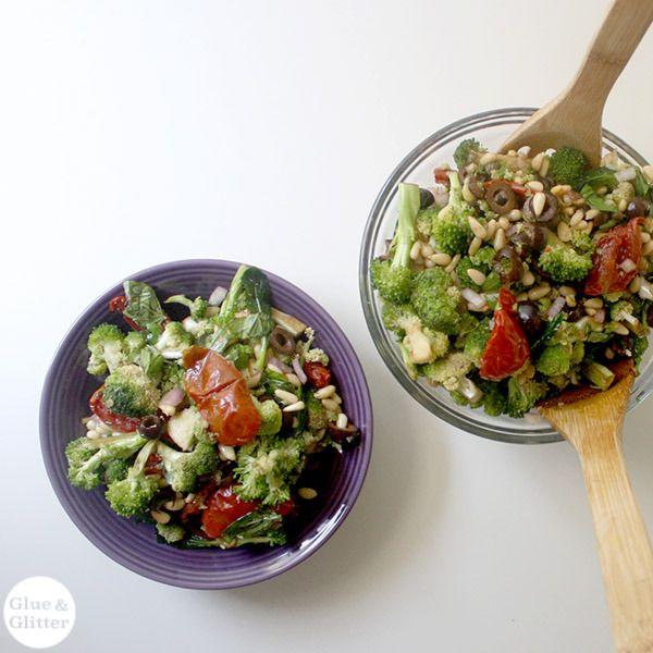 The 25+ best Raw broccoli salad ideas on Pinterest ...