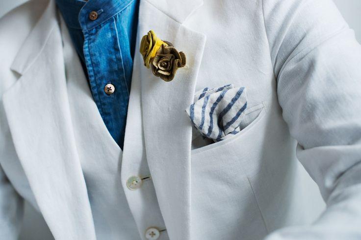 リゾートウェディングスタイルの新郎衣装 定番の白やライトトーンな衣装だけではなく、リネン(麻)やコットン(綿)…