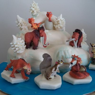 My Sons Ice Age Cake Chocolate Cake Filled With Peppermint Smb And Iced In Ganache And Michelle Fosters Fondant Figurines Were Bought I