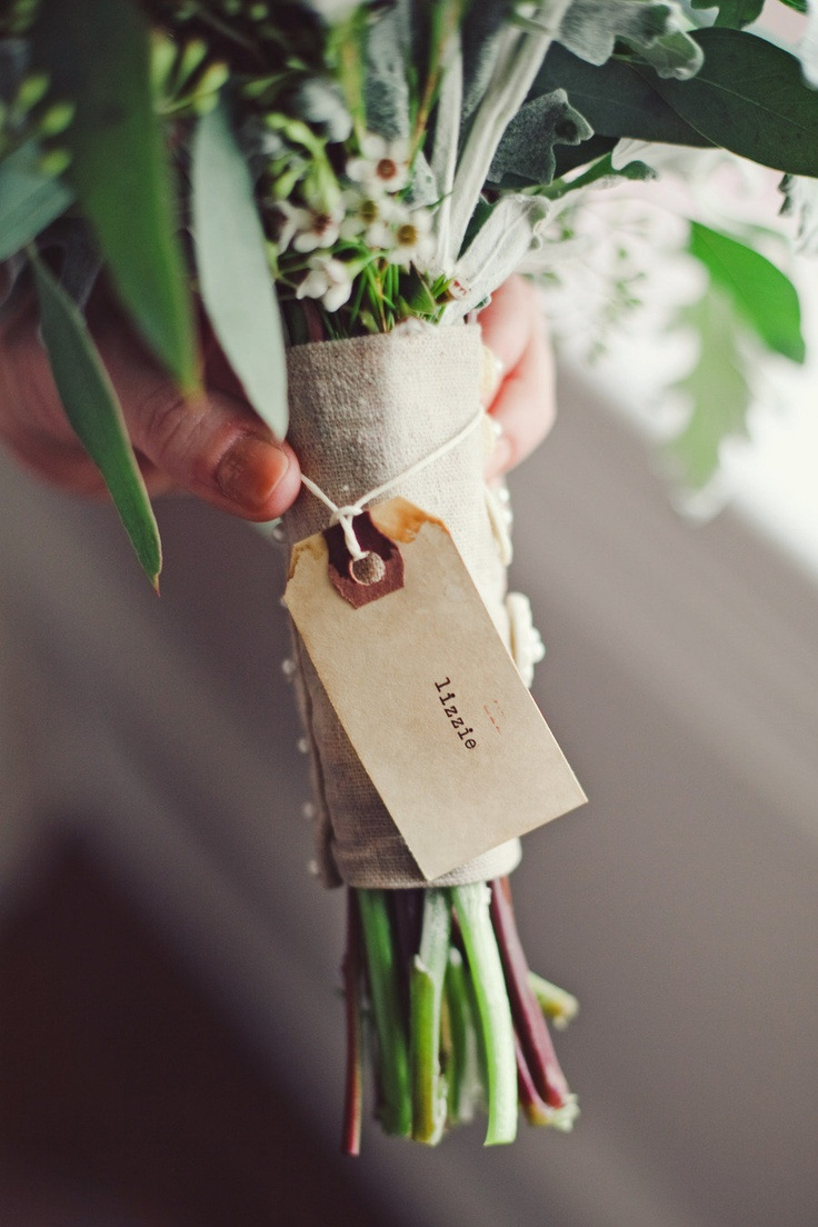I love the tags!Bridesmaid Flower, Bouquets Inspiration, Floral Design, Gallery, Bouquets Tags, 652947, Bouquets Wraps, Style Me Pretty, Wedding Coordinating