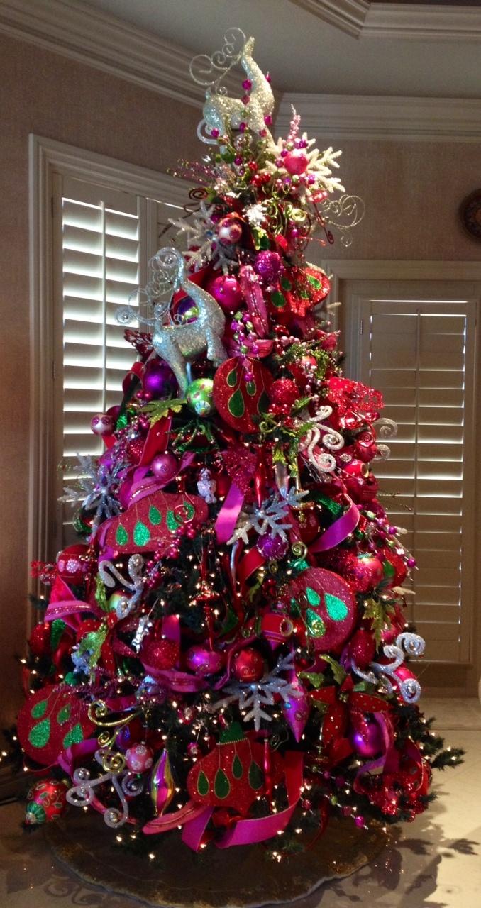 Bungalow Designs ~ Custom Christmas Decorating