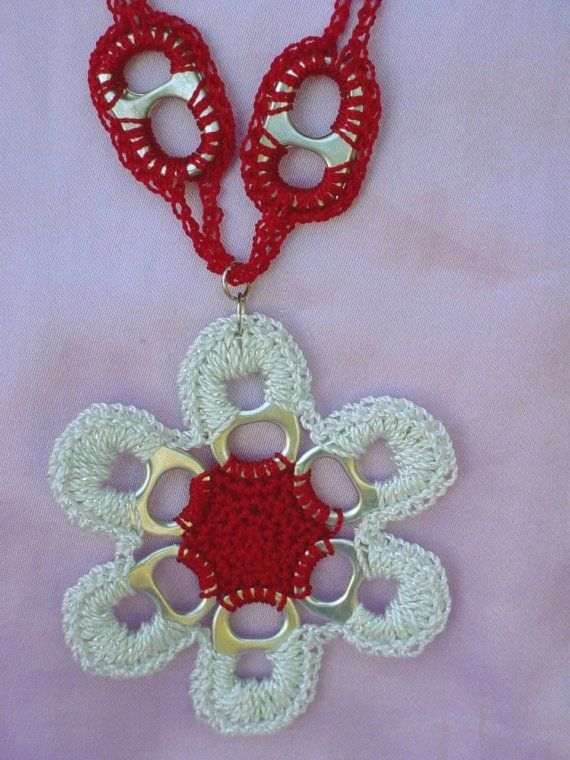 DIY pop can pull tabs | Pull Tab (Pop Top ) Crochet Red and Metallic White Flower Necklace