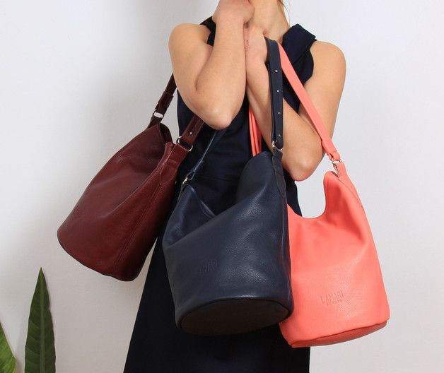 Im Trend: Rote Handtasche aus Leder, Beutelatsche / fashion trend: leather handbag, pouch made by LamariBerlin via DaWanda.com