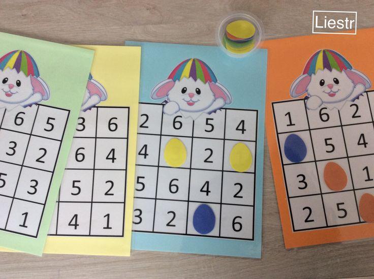 Dobbelspel: elke kleuter krijgt een kaart met daarop verschillende nummers. Ze rollen met de dobbelsteen en op het cijfer leggen ze een ei. Wie het eerst 4 op een rij heeft, is gewonnen. *liestr*