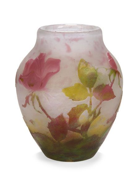 DAUM A PADDED & WHEEL-CARVED CAMEO GLASS VASE 9.5CM HIGH - SALE 159 - LOT 44 - LYON & TURNBULL