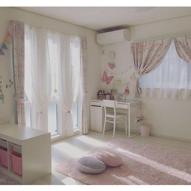 h_s_m.homeさんの、机,IKEA,子供部屋,ニトリ,トロファスト,建売住宅,女の子部屋,いいね&フォローありがとうございます☆,ミッケ,のお部屋写真