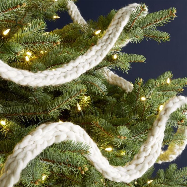 3 Christmas Trees Designed With Themes Woodsy Modern And Farmhouse Christmas Tree Garland Christmas Tree Design
