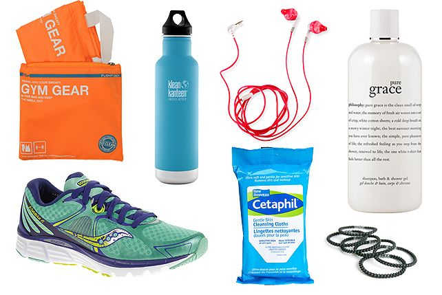 10 Gym Bag Essentials for the Fitness Fan