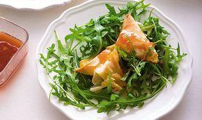 Faça estes triângulos de filo com doce de pêssego para terminar a refeição. Podem também ser servidos como entrada. É muito rápida de preparar.
