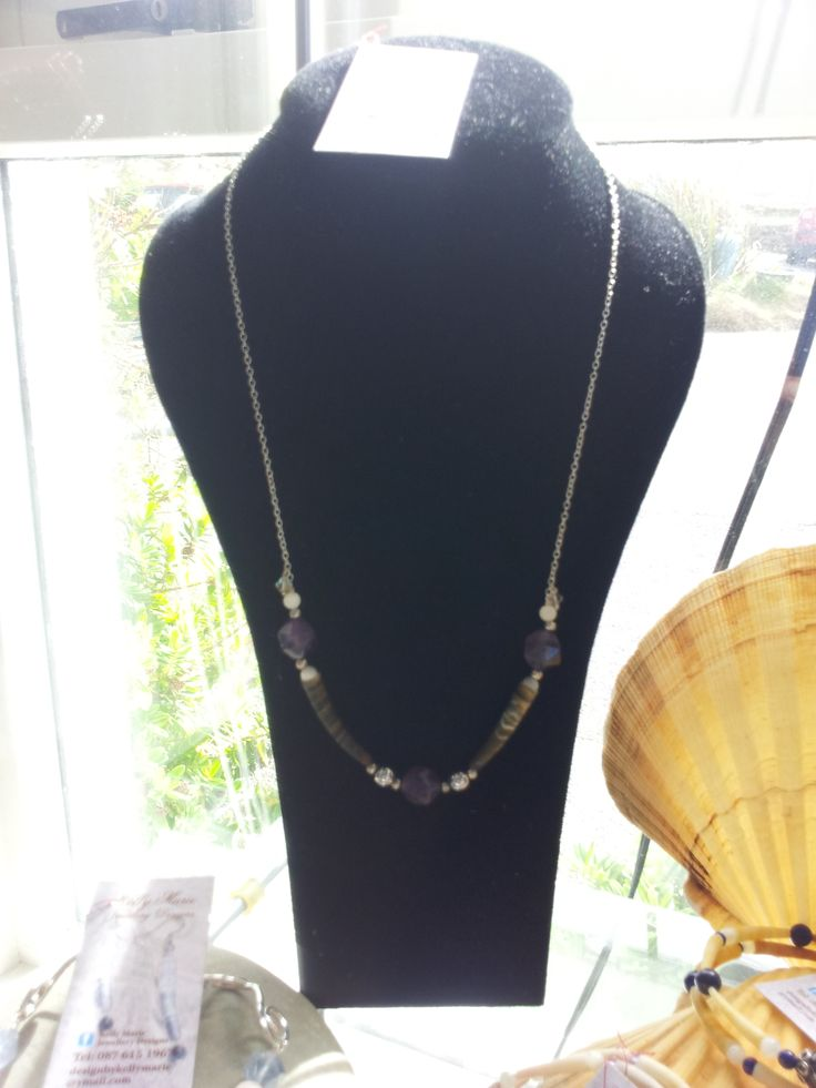 Dark sea shell & Amethyst necklace