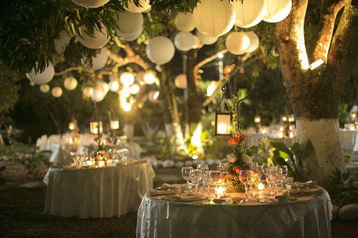 decoración globos chinos e iluminación