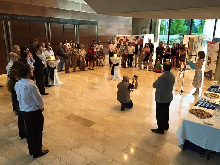 """Presentación de """"Buscando a María Edwards"""" de María Angélica Puga Phillips en el Círculo Israelita de Santiago."""