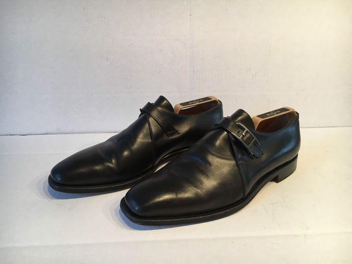 Hermès - Mocassins  Zwarte nette mocassins van het merk hermes. Schoenen zijn van zwart leer. De maat is 43. Schoenen hebben een dubbele H gesp. Zijn gedragen maar nog in goede staat. Zonder schoenspanners  EUR 40.00  Meer informatie
