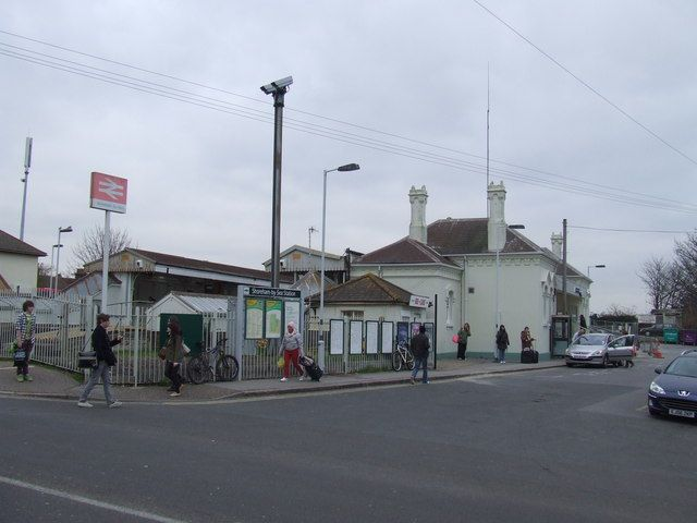 Shoreham-by-Sea Railway Station (SSE) in Brunswick Road