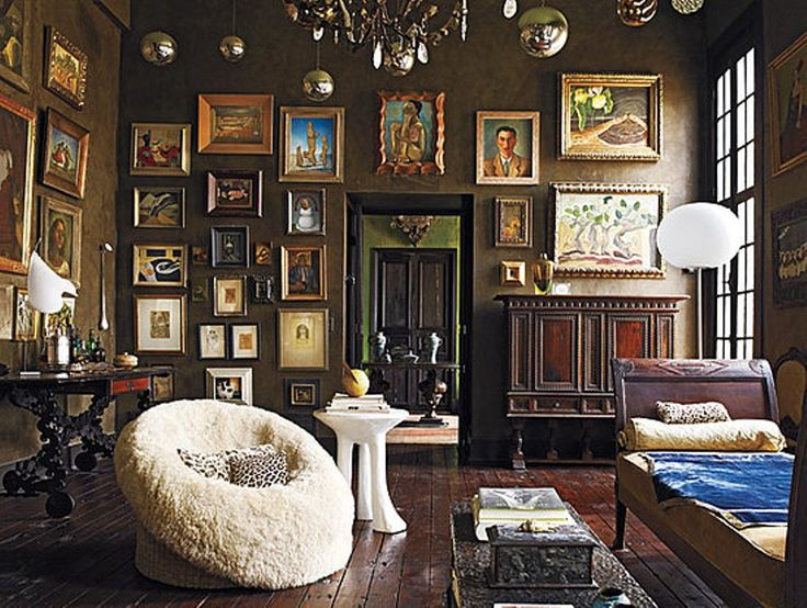 The Chamber Of Curiosities And Living Room Of Decorator Gwynn Griffith In  San Antonio, Texas. Images By Photographer William Waldron,.