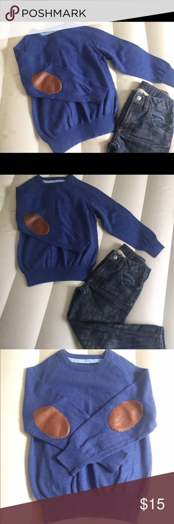 Bundle: boys sweater and jeans 2 pc lot: boys blue pullover v-neck sweater and straight leg jeans in size 6-7 years. Noted on jeans some wear in the knee area, but no rips or stains. LOGG Bottoms Jeans