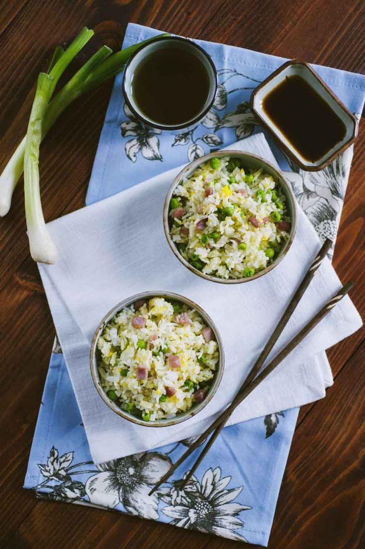 Riso fritto alla cantonese: Ecco a te il mio #riso fritto alla #cantonese, uno dei piatti più rappresentativi della cucina #cinese. Farlo in casa è semplice e regala molta soddisfazione!