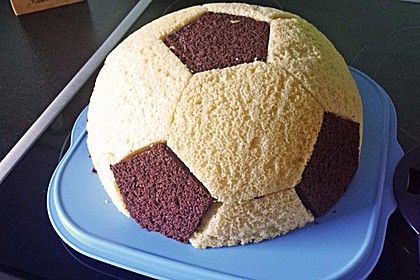 football kuchen backen