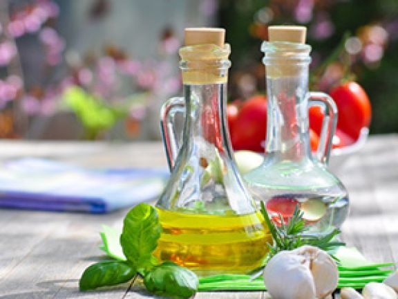 """""""Kreta-Diät"""" heißt der mediterrane Mix, der dazu beiträgt, Herz-Kreislauf-Erkrankungen vorzubeugen. Erfahren Sie, warum Mittelmeerkost so gesund ist"""