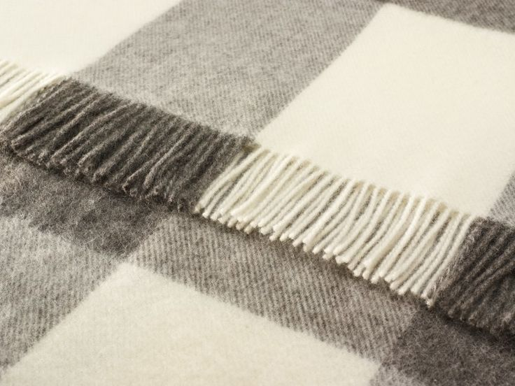 Lambswool, natural colours