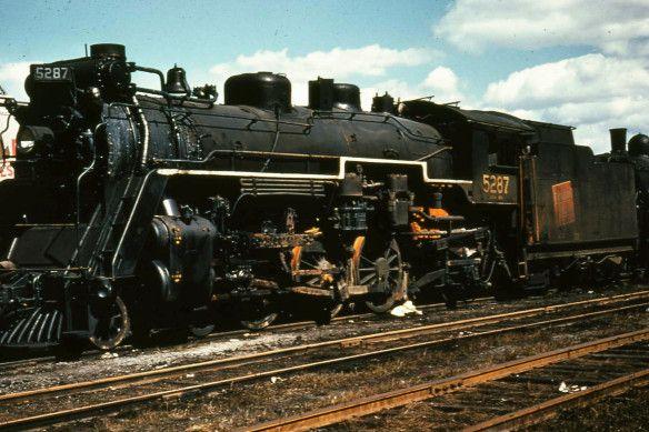 CNR No 5287 - Reclamation Yard Stratford, Ont (Credit Unknown)