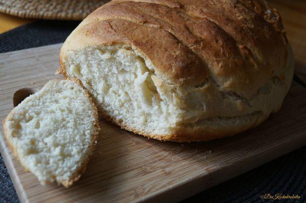 Kroatisch backen – Mekani hljeb heißt weiches Brot  Lebensmittel