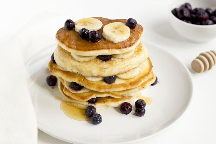 Is het zo simpel pannenkoeken luchtig te krijgen?! Vandaag het recept met dé tip voor Real American Pancakes.