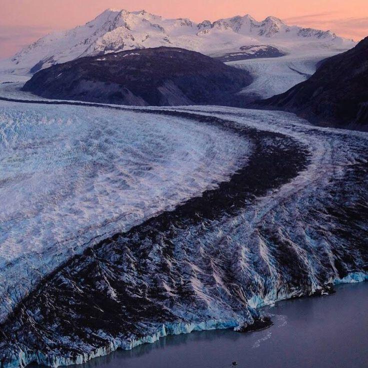 いいね!2,220件、コメント12件 ― The Wilderness Societyさん(@wildernesssociety)のInstagramアカウント: 「Colony Glacier in Alaska's Chugach Mountains. Photo by @danbaileyphoto via #OurWild.」