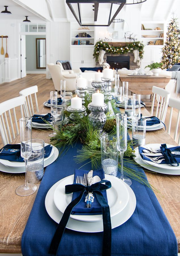 Silver And Navy Tablescape For Christmas Dinner Blue Christmas Decor Christmas Dinner Table Christmas Dinner Table Settings