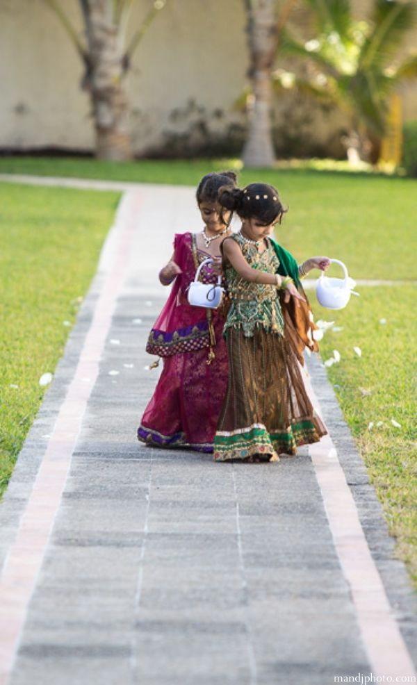 indian-wedding-flower-girls-mini-maharanis_0 http://maharaniweddings.com/gallery/photo/5162