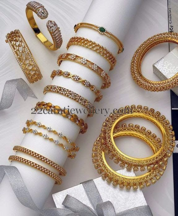 Jewellery Designs: Bangles Gallery in Diamonds