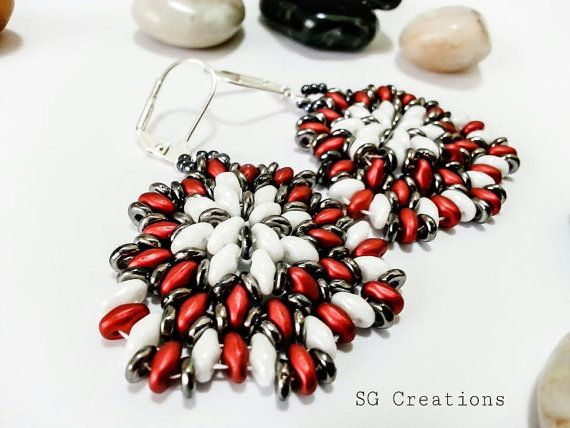 Earrings with opaque luster white and matte di SGCreationsAndArts