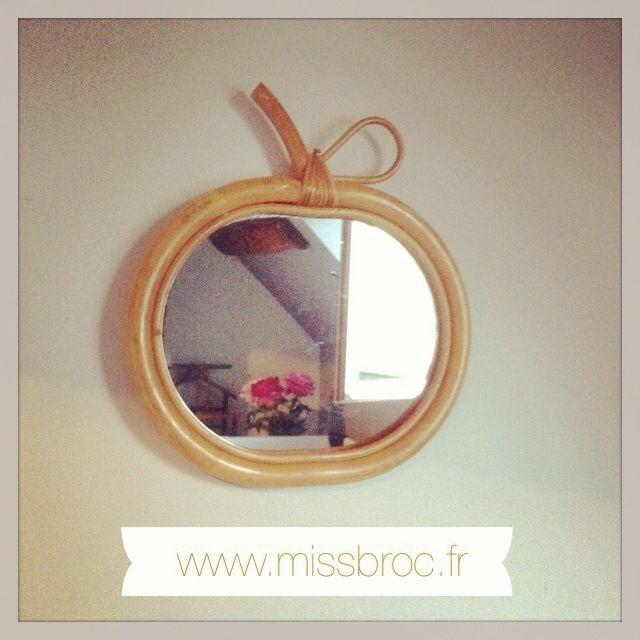 Les 54 meilleures images propos de arbre magique sur for Mini miroir rotin