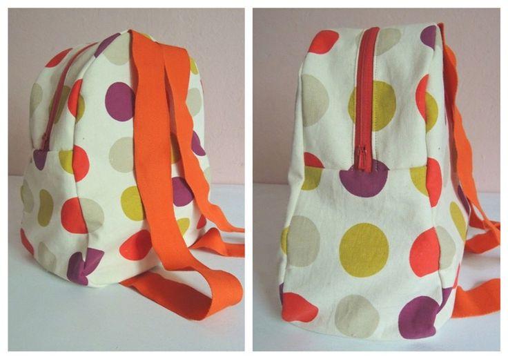 sol da eira: Mochila às bolinhas   Dotty backpack