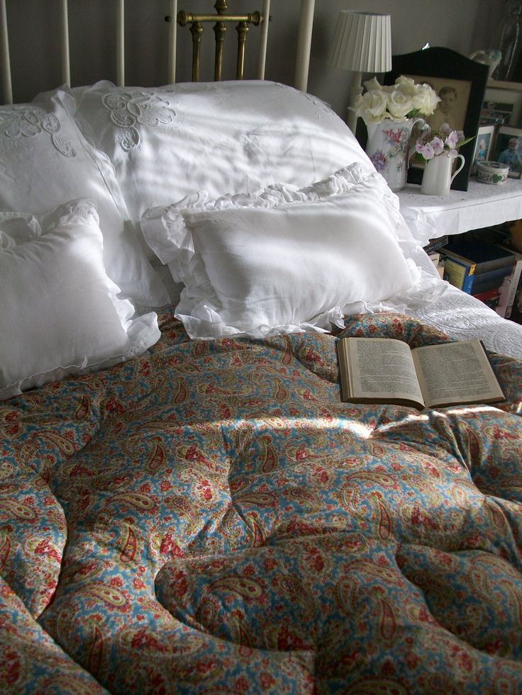 Comforting puffiness with a Vintage paisley eiderdown ~ Lavender House Vintage